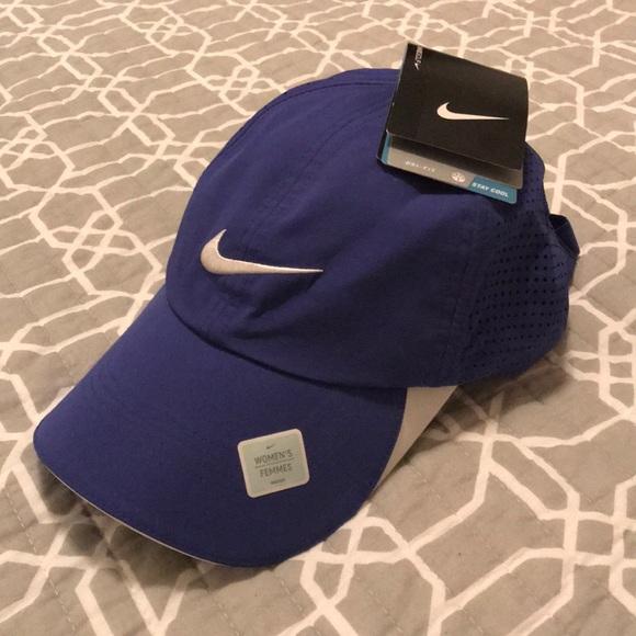 a27f96e6bc4 Nike women s Dri-Fit golf hat